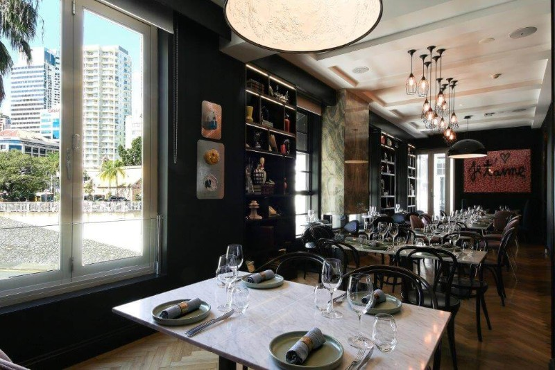 web_OVOLO_Dining1