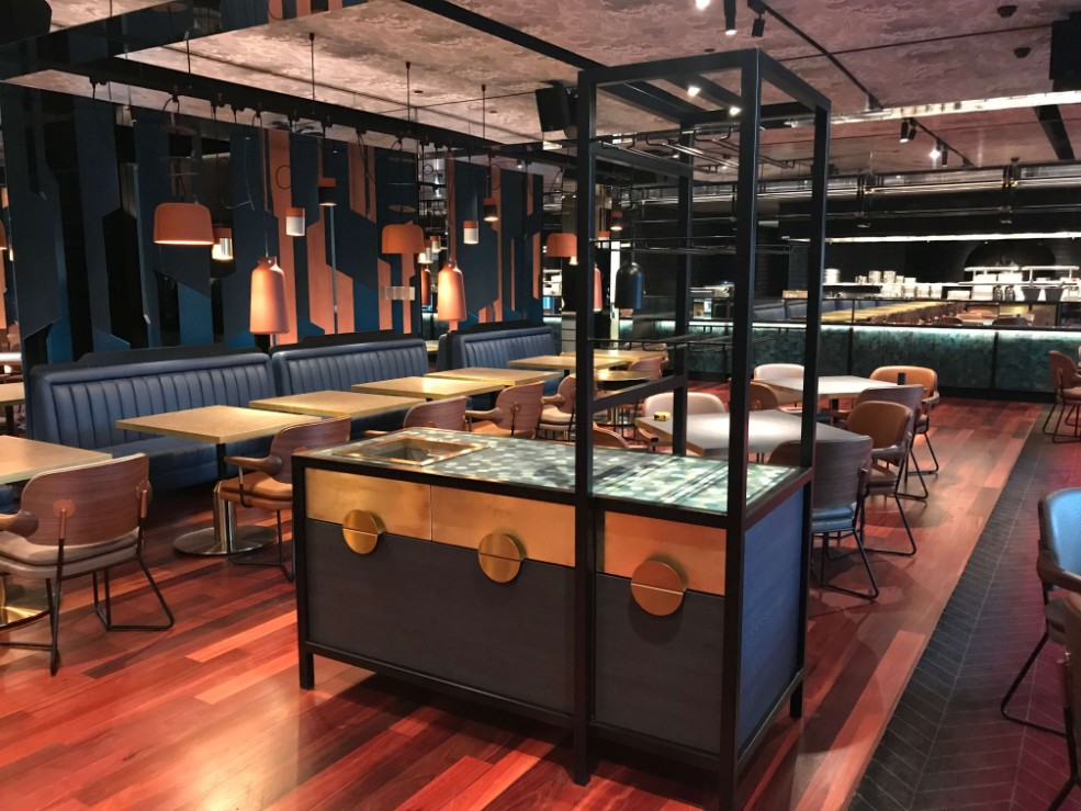 web_QTResortPerth_restaurant