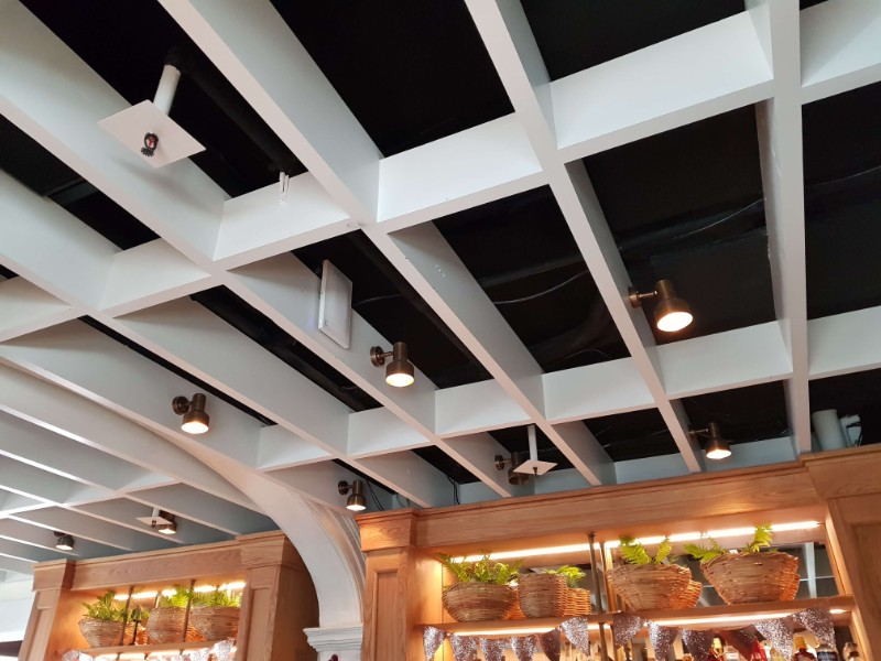 web_Solotel_bar_roof_detail2