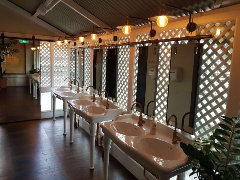 web_Solotel_bathroom1